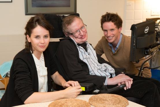 Felicity Jones, Dr. Stephen Hawking, and Eddie Redmayne. Source: http://bit.ly/1xsIAJP.